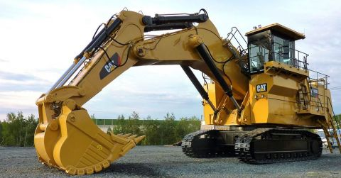A Cat 612OB hyraulic shovel.