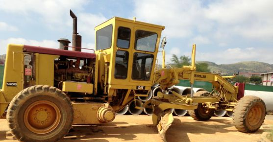 Cat 140G motor grader prior to being rebuilt by KH Plant
