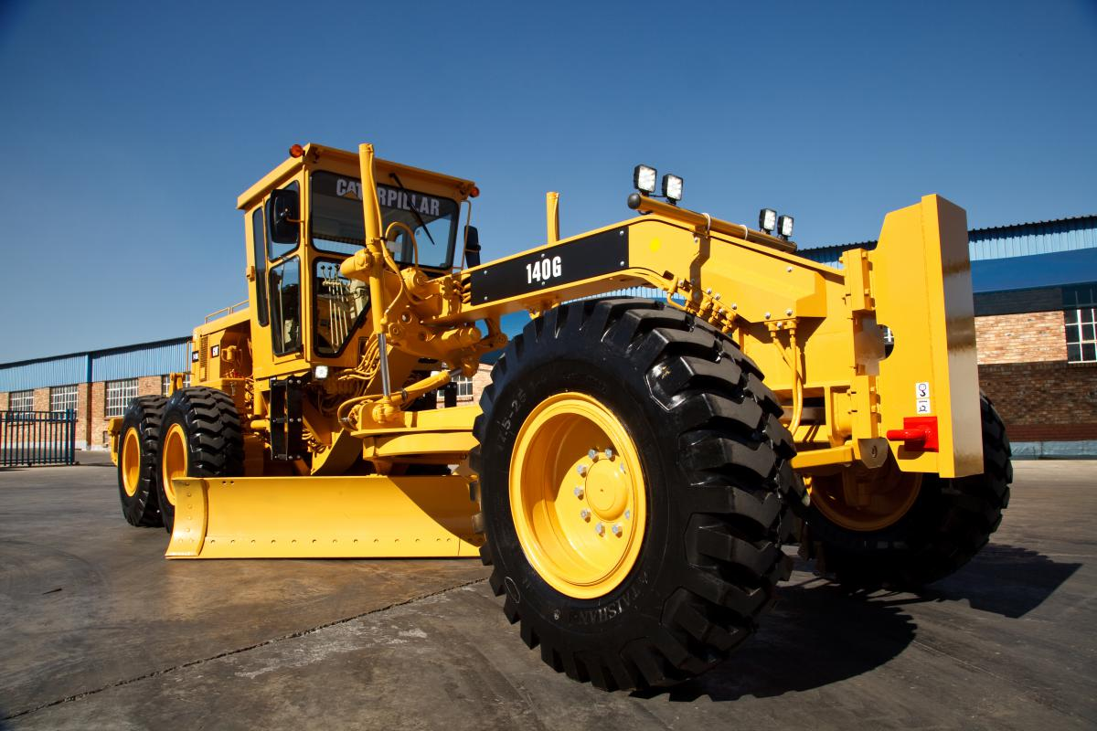 Restored 140G Caterpillar Motor Grader