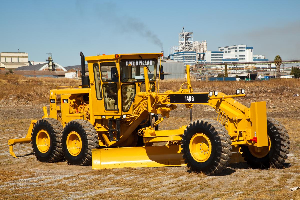 140 GC motor grader from Cat brings high performance at