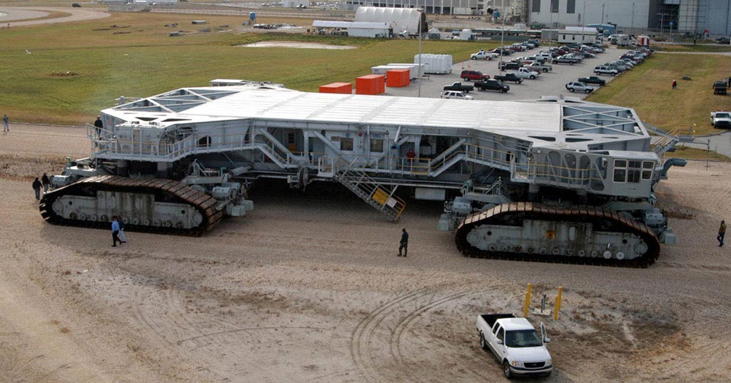 9 of the World's Biggest Vehicles | KH Plant